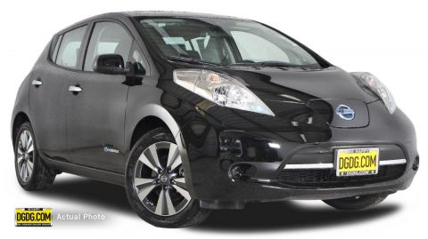 New Nissan LEAF SV